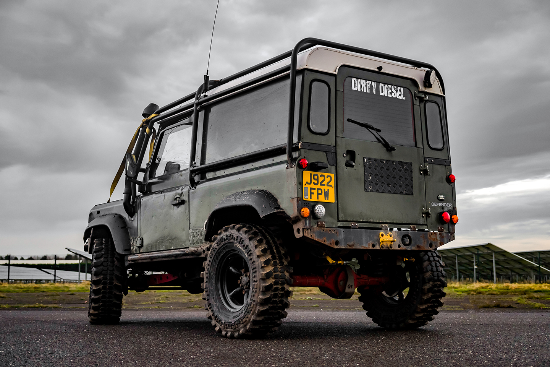 Land Rover Defender Back