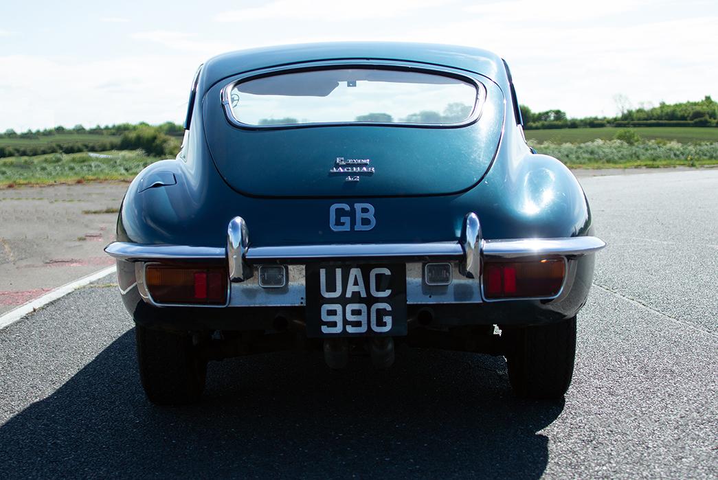 Jaguar E-Type Back